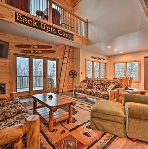 Rustic 3-Story Pittsburg Home With Top Amenities photos Exterior