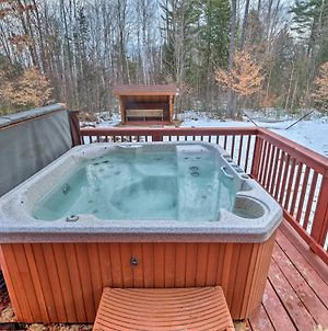 Secluded Johnsburg Outdoor Oasis - Private Hot Tub photos Exterior