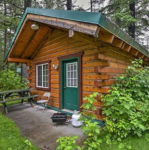 Cozy Cabin On The Creek Near Hiking Trails And Town! photos Exterior