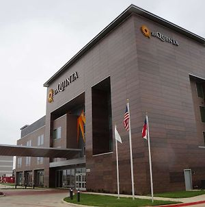 Laquinta Inn & Suites By Wyndham Euless photos Exterior