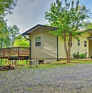 Peaceful 3Br Hiawassee Cabin With Wraparound Deck photos Exterior