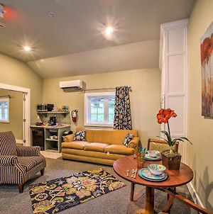 Downtown Branson Cottage With Pool Access! photos Exterior