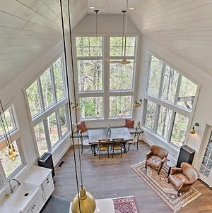 Tryon Smart Home With Hot Tub - 18 Mins From Tiec! photos Exterior