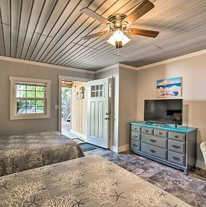 Ocean Isle Beach Studio With Patio - 1 Mi To Pier! photos Exterior