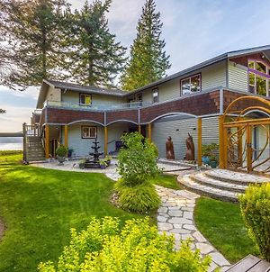 Custom Guemes Home With Spectacular Water Views! photos Exterior