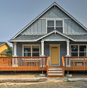 Rockaway Cottage With Ocean View On Beach Access! photos Exterior
