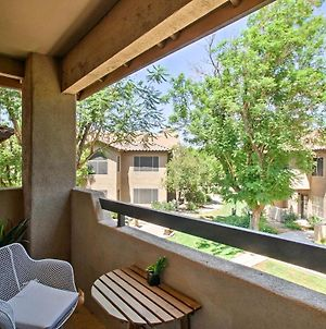 Refurbished Scottsdale Condo With Access To 3 Pools! photos Exterior