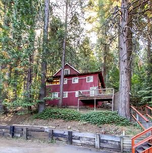 3-Story Cabin With Loft About 1 Mi To Blue Lake Springs! photos Exterior