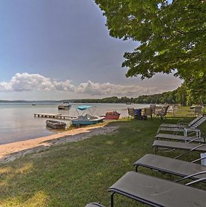 Serene Lakefront Apartment And Suite With Private Dock photos Exterior