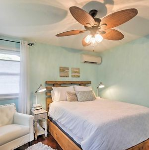 Chic Sarasota Cottage - Mins To Beach And Downtown! photos Exterior