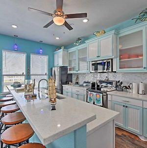 Custom Home With Deck And Grill-Steps To Surfside Beach! photos Exterior
