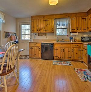 Cozy Yarmouth Home - Walk To Colonial Acres Beach! photos Exterior