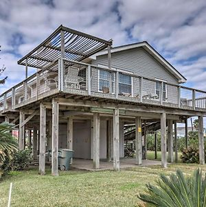 Updated Galveston Home W/ Deck - 150 Ft. To Beach! photos Exterior