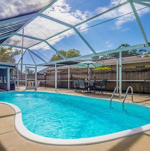 Home With Lanai And Pool - 7 Miles To Bradenton Beach! photos Exterior