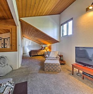 Wrightwood House With Fire Pit - Hike And Ski Nearby! photos Exterior