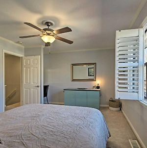 Greenville Townhome With Patio, 30 Mins To Clemson! photos Exterior
