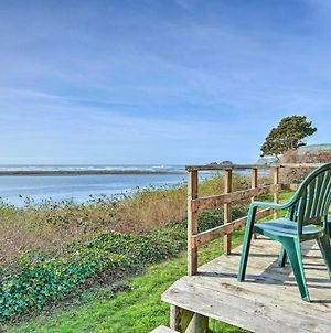 Smith River Vintage Cabin With Oceanfront Deck And Views! photos Exterior
