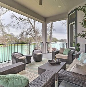 Upscale Home On Lake Placid With Deck, Dock, Fire Pit photos Exterior