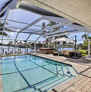 Grand Cape Coral Home With Pool, Hot Tub & Dock! photos Exterior