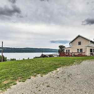 Home With Deck Walk To Seneca Lake And Downtown! photos Exterior