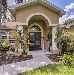 Private Fort Myers Escape With Screened Pool & Lanai photos Exterior