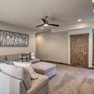 Modern Mountain-View Townhome Less Than 7 Mi To Ski Resorts photos Exterior