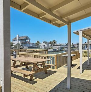 Spacious Galveston House With Fire Pit On The Canal! photos Exterior