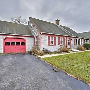 Cape Cod Home Seasonal Pool And Bbqs, 2 Mi To Beach photos Exterior