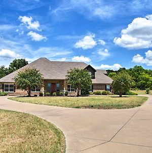 Stallion Lake Ranch Home With Patio - Events Ok! photos Exterior