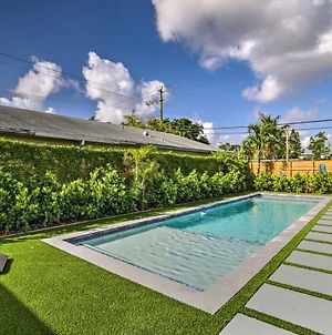 Remodeled Fort Lauderdale Home With Shared Pool! photos Exterior