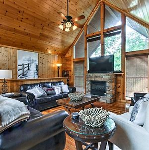Spacious Cabin With Private Hot Tub - 1Mi To Dollywood photos Exterior