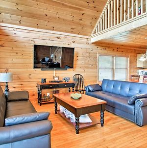 Updated Pigeon Forge Cabin W/5 Master Brs+ Hot Tub photos Exterior