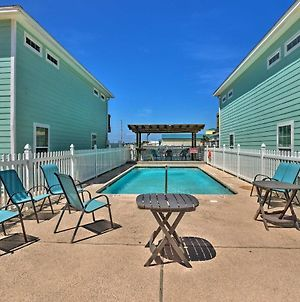 Large Golf-View Port Aransas Condo - Walk To Beach photos Exterior