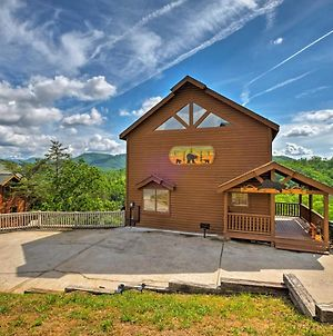 Pigeon Forge Cabin With Stunning Mtn View And Game Room photos Exterior