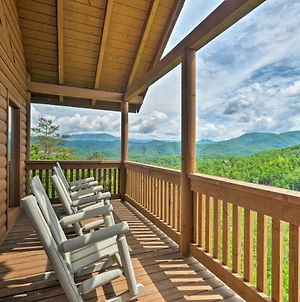 Pigeon Forge Cabin With Views Hot Tub Pets Welcome photos Exterior