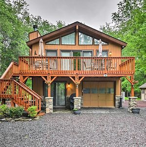 Cozy Lake Wallenpaupack Home With Community Amenities photos Exterior