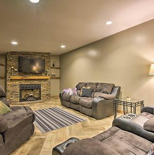 Spacious Kunkletown Home With Full Game Room & Deck! photos Exterior
