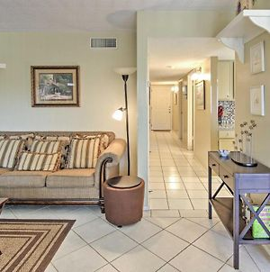 South Padre Condo With Pool View Walk To The Beach! photos Exterior