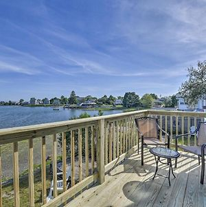 Waterside Portsmouth Home With Deck, 11 Mi To Newport photos Exterior