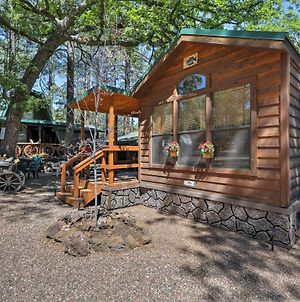 Pinetop Cabin With Patio - 1 Mile From Main Street! photos Exterior