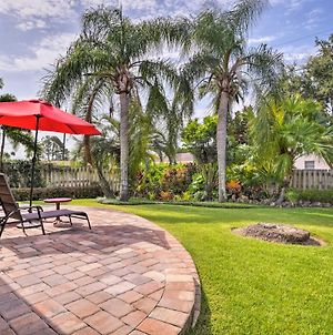 Lovely Naples Bungalow - Walk To Vanderbilt Beach! photos Exterior