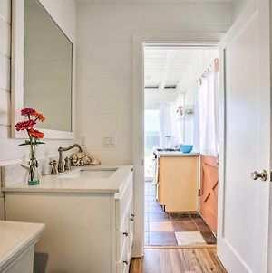 Beachfront Studio Cottage, Walk To Oceanside Pier! photos Exterior