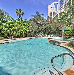 Galveston Condo With Balcony And Pool - Walk To Beach! photos Exterior