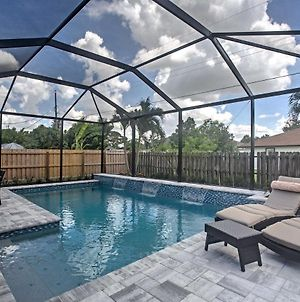 Naples Home With Lanai And Pool- Near Vanderbilt Beach photos Exterior