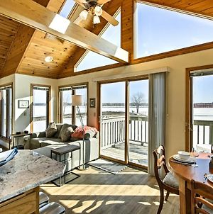 Waterfront Sturgeon Bay Home With Dock, Decks And Grill photos Exterior