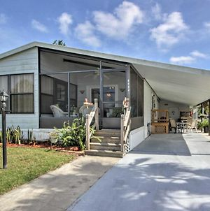 Bright Cocoa Home With Lanai And Pool Access Near Beach photos Exterior