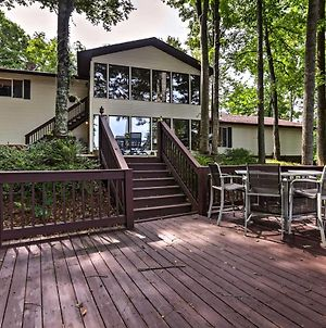 Lake Cumberland Retreat With 2 Decks And Boat Parking! photos Exterior