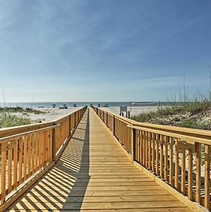 Updated Hilton Head Villa With Pool Steps To Beach! photos Exterior