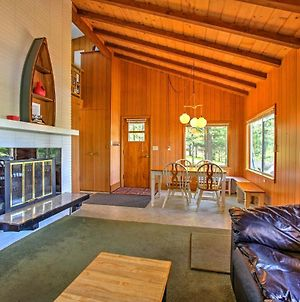 Lakefront Branch Cottage With Dock, Kayaks And Grill! photos Exterior