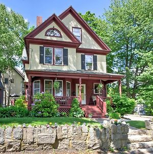 Central Bar Harbor Home, Walk To The Shore & Town! photos Exterior